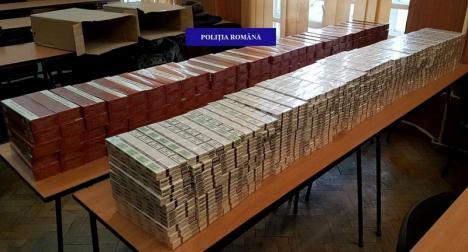 Captură impresionantă a poliţiştilor lângă Piaţa Rogerius din Oradea: 4000 de pachete de ţigări, ridicate de la un orădean