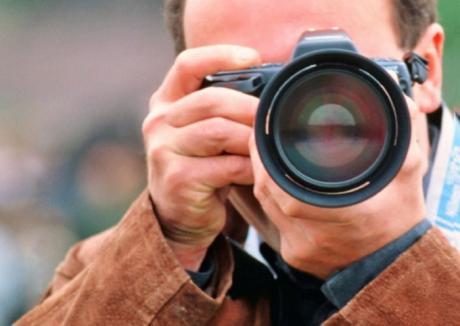Curs intensiv de tehnică şi artă fotografică pentru pasionaţi