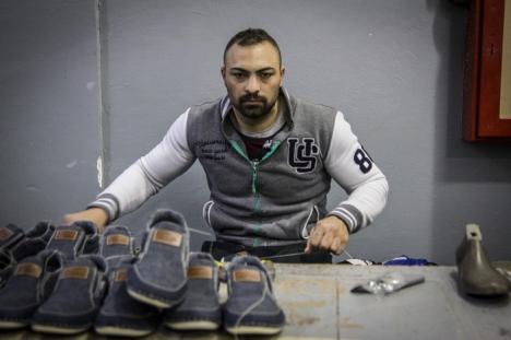 Cu aparatul de fotografiat prin penitenciare: Expoziţie cu imagini din spatele gratiilor, la Oradea (FOTO)
