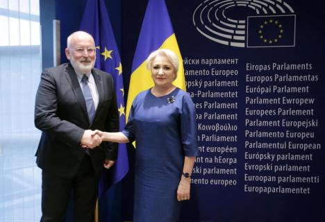 Raportul MCV: Bulgaria lăudată, România criticată pentru legile justiţiei. Cele 8 recomandări suplimentare făcute de Comisia Europeană (VIDEO)