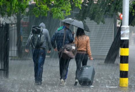 Alertă meteo: Cod portocaliu de furtună în Bihor!