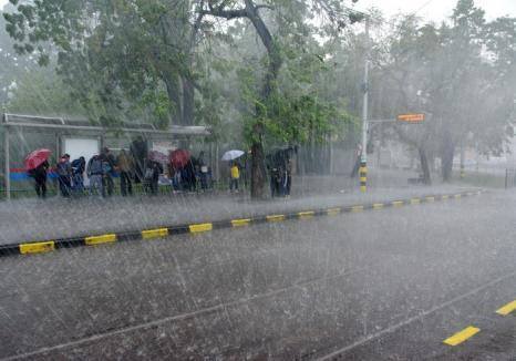 Judeţul Bihor, sub cod galben de furtuni. Atenţie la vijelii şi la grindină!