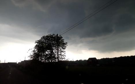 Cod galben de furtuni în Bihor. Vezi localităţile afectate!