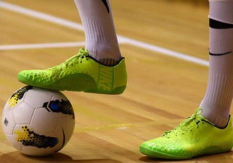 Dinamo Leonardo Oradea şi-a adjudecat prima victorie în campionatul Ligii a II-a de futsal