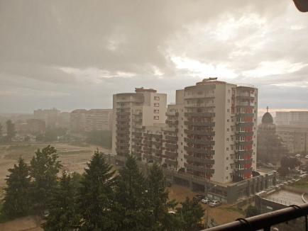 COD PORTOCALIU în Oradea! Municipiul și alte localități din Bihor, sub amenințarea furtunilor și grindinei