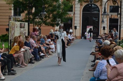 Muzeul frumuseţii: Absolventele Facultăţii de Arte şi-au prezentat creaţiile de modă la Gala Diplomelor (FOTO / VIDEO)