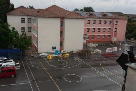 O parte din lucrările de reabilitare a școlilor Dacia și Ghibu ar putea fi finalizate până în septembrie (FOTO)