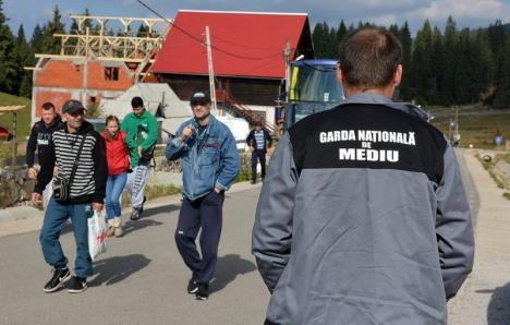 Garda de Mediu Bihor: În ultimele trei luni, comisarii au dat amenzi de aproape 300.000 de lei