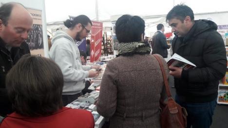 Cărțile memoriei: Patru volume despre Marea Unire și comunism au fost lansate la Târgul Gaudeamus în Oradea