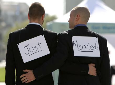 Căsătoriile între homosexuali: Care ţări le permit şi care nici nu vor să audă?