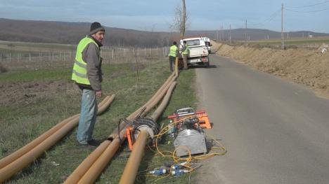 Consiliul Judeţean Bihor spune că va sprijini comunele şi oraşele pentru racordarea la gaz, dar nu ştie cum