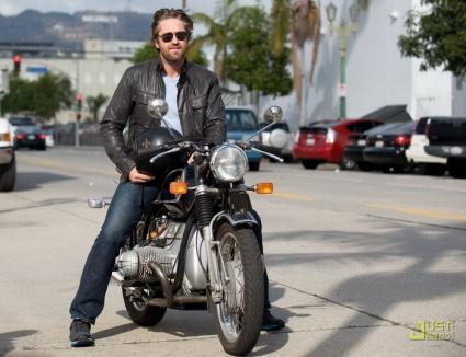 Gerard Butler, la spital după un accident cu motocicleta