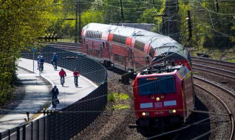 Germania va introduce transportul public gratuit, pentru a combate poluarea