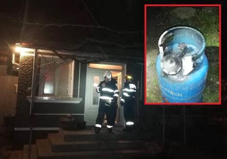 Explozie într-un sat din Bihor. Două persoane au ajuns la spital din cauza unei butelii cu furtunul fisurat! (FOTO)