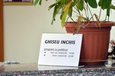 Casa de Pensii Beiuş, închisă după ce o angajată a fost infectată cu coronavirus. 15 persoane au intrat în izolare