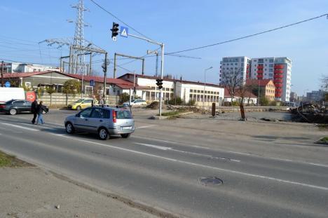 A început amenajarea sensului giratoriu din strada Oneştilor (FOTO)