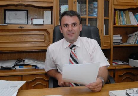 Înalta Curte a 'demolat' un nou dosar al DNA Oradea: prim procurorul Parchetului Beiuş, Gligor Sabău, a fost achitat definitiv