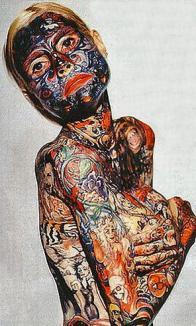 E cea mai tatuată femeie din lume (FOTO)