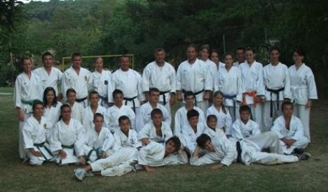 Karateka marghiteni s-au remarcat la întrecerile ediției X a Cupei Good Dragon
