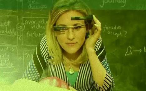 Aplicaţia Google Glass care face poze cu puterea minţii (VIDEO)