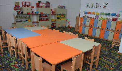Grădiniţele de vară din Oradea s-au deschis. Jumătate din copiii înscrişi au fost prezenţi în prima zi