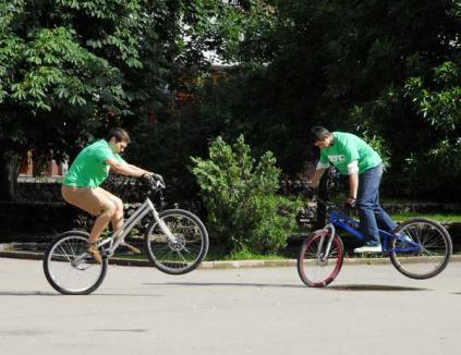 Orădenii, chemaţi la plimbare cu placa, rolele sau bicicleta