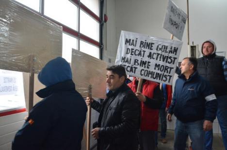 Protestul #şieu în Oradea: O firmă şi-a oprit complet activitatea, pentru întreaga zi! (FOTO / VIDEO)