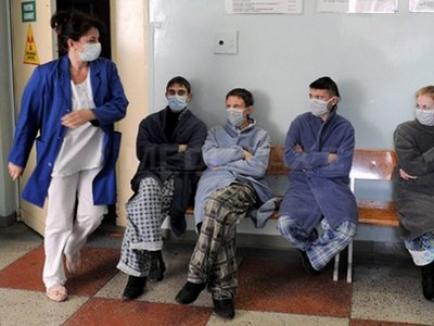 Numărul bolnavilor de gripă AH1N1 creşte: în Iaşi, 5 bolnavi şi 2 morţi