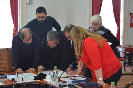 Politica bate transportul: Proiectele unor autogări în Marghita, Săcueni și Beiuș au fost blocate în CJ Bihor