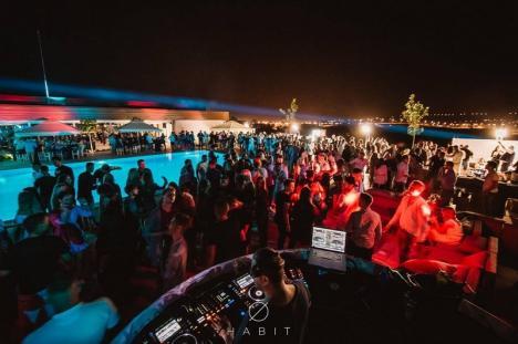 Petreceri de neuitat la Habit Club: Celebrul DJ german Zwette vine la Oradea! (FOTO / VIDEO)