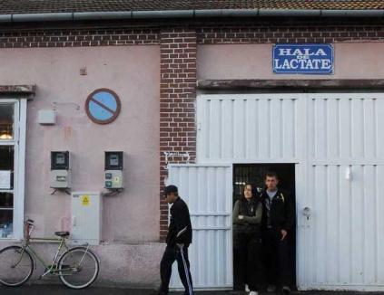 Se redeschide hala de lactate din Piaţa Mare