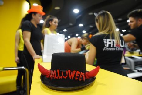 A fost Halloween Party pe ghete Kangoo Jumps, la Fit4U! (FOTO)