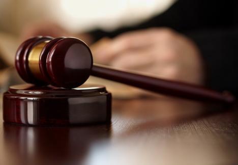 Preşedinta Judecătoriei Salonta a fost revocată din funcţie