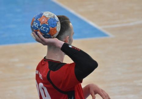 Primul test mai dificil pentru handbaliştii orădeni, duminică, la Cluj, cu Universitatea