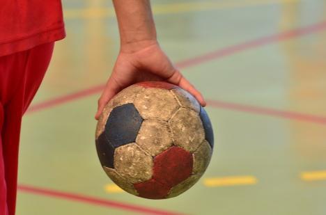 Handbaliştii de la CSM Oradea îşi cunosc calendarul competiţional din noul sezon