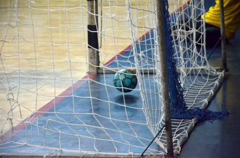 Handbal: CSM Oradea participă la primul turneu din noul an, la Turda