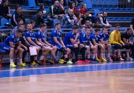Handbaliştii de la CSM au cedat cu 23-38 amicalul de la Timişoara, cu prim-divizionara Politehnica