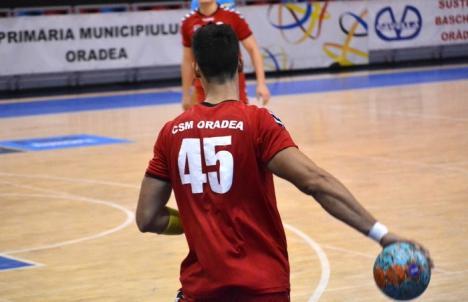 Handbaliştii de la CSM au debutat cu o victorie la Sighişoara