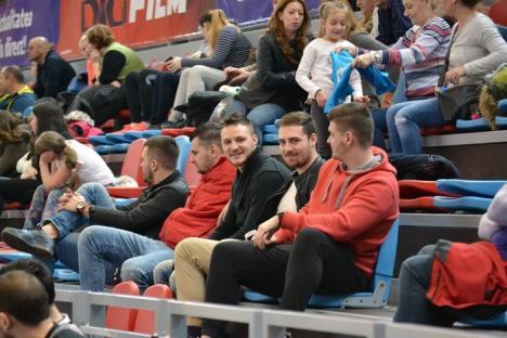 Handbaliştii de la CSM Oradea au surclasat Universitatea Craiova (FOTO)