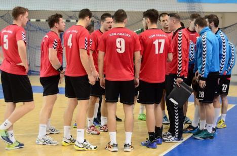 Ţintesc Liga Naţională! Handbaliştii CSM Oradea au câştigat clar derby-ul de la Târgu Jiu