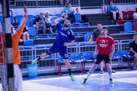 Buni, degeaba... Handbaliștii de la CSM Oradea, a 18-a victorie consecutivă, dar au şanse mici să fie susţinuţi în prima ligă (FOTO)