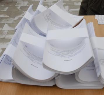 Reprezentanţii PSD şi PNL au refuzat să semneze procesul verbal de centralizare a voturilor