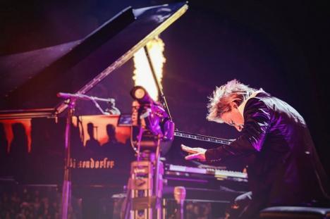 Pian din Bucureşti: Filarmonica de Stat din Oradea nu dă în chirie pianul de 180.000 de euro pentru concertul extraordinar al lui Havasi din Piaţa Unirii