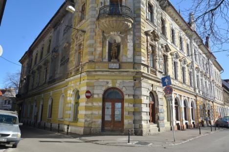 Lupta pentru Băile Rimanóczy: Tribunalul Bihor a dat dreptate Consiliului Judeţean în procesul împotriva UniCredit Bank