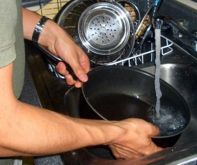 Electrocentrale continuă reparaţiile: zeci de străzi rămân fără apă caldă cinci zile