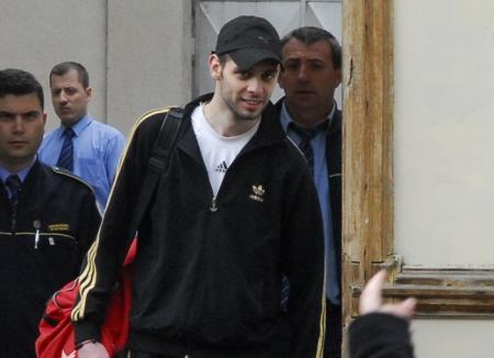 Nicolae Oros, tânărul acuzat că l-a împuşcat pe taximetristul găsit mort pe centură, a fost declarat nevinovat!