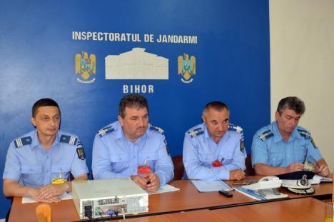 Jandarmii nu au vacanţă: Zeci de misiuni, în următoarele zile