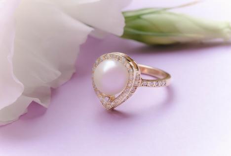 De ce să dăruim diamante (FOTO)