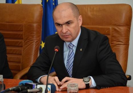 L-au votat: Bolojan a fost ales secretar general al PNL. Citeşte ce discurs a avut primarul!