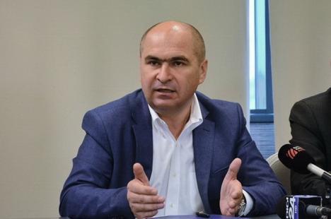 """Oradea va pierde! Primarul Ilie Bolojan acuză Guvernul Tudose de """"tembelism economic"""" pentru măsurile fiscale pe care le pregăteşte"""
